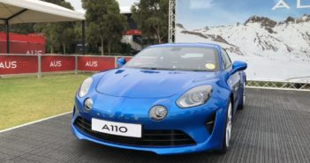 Alpine A110 – In-Depth Tour: Exterior, Interior, Exhaust
